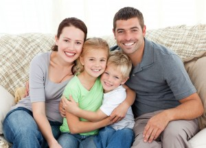 lyon jeune couple 25 35 ans avec enfant stephenson etudes. Black Bedroom Furniture Sets. Home Design Ideas